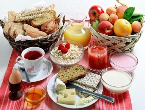Как правильно позавтракать?