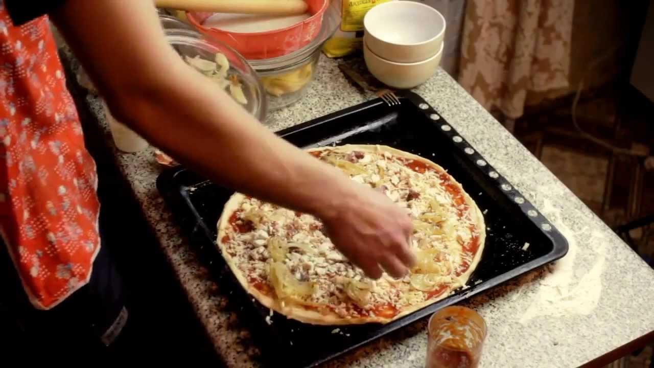 Испечь пиццу духовке в домашних условиях