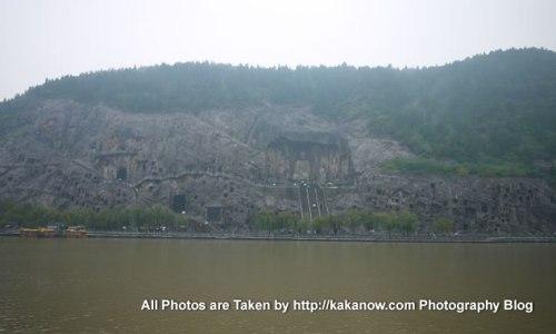 China travel, Henan Province, Longmen Grottoes. Photo by KaKa.
