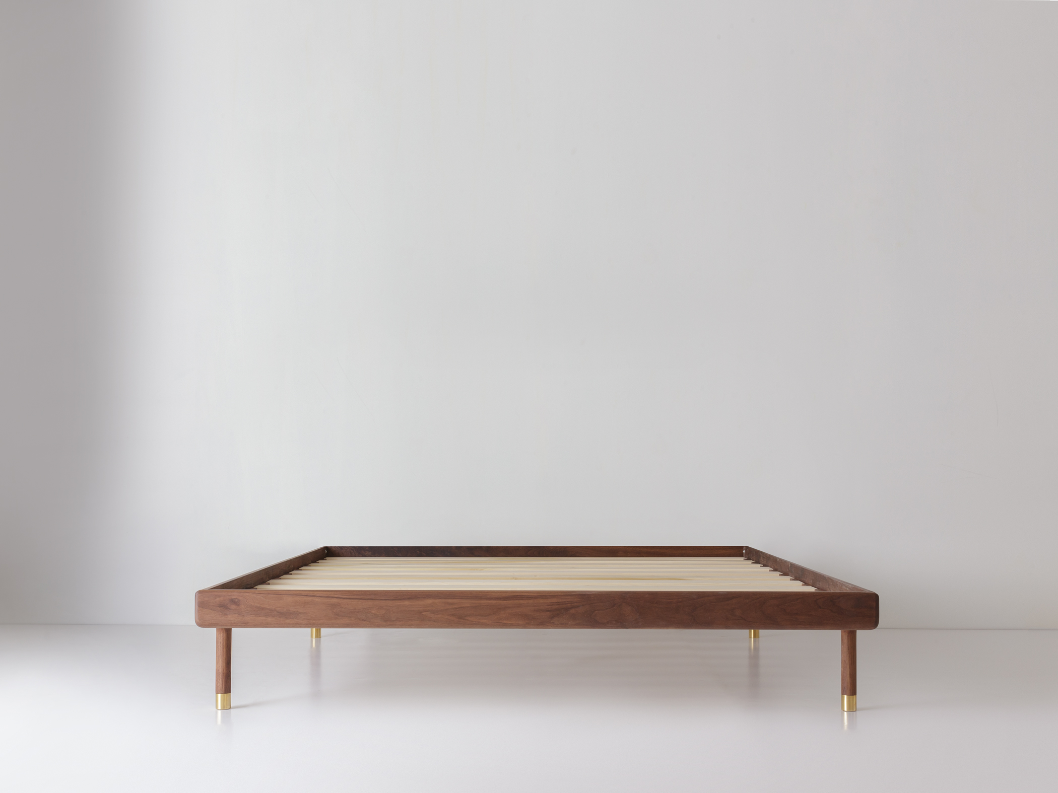 Simple Bed Simple Bed Walnut