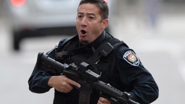 Halálos merénylet Ottawában: Meghalt egy katona és megölték az egyik merénylőt