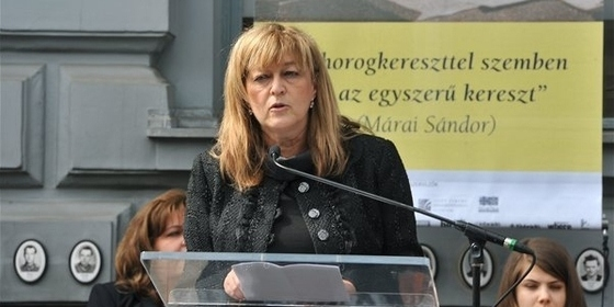 Schmidt Mária