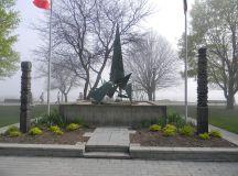 Az 1956-os szabadságharcosok emlékműve Torontóban, a Budapest Parkban.