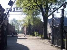 Auschwitz bejárata.