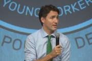 Kifütyülték Justin Trudeau miniszterelnököt a fiatal munkások