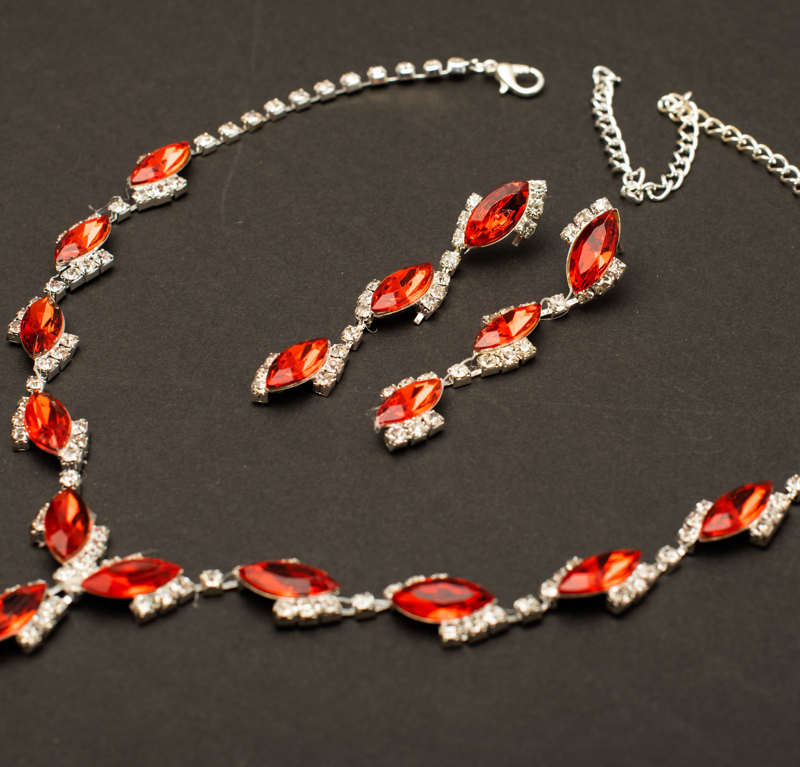 Collier Schmuck Strass Set Schmuckset Collier Kette Ohrringe Rot Luxus