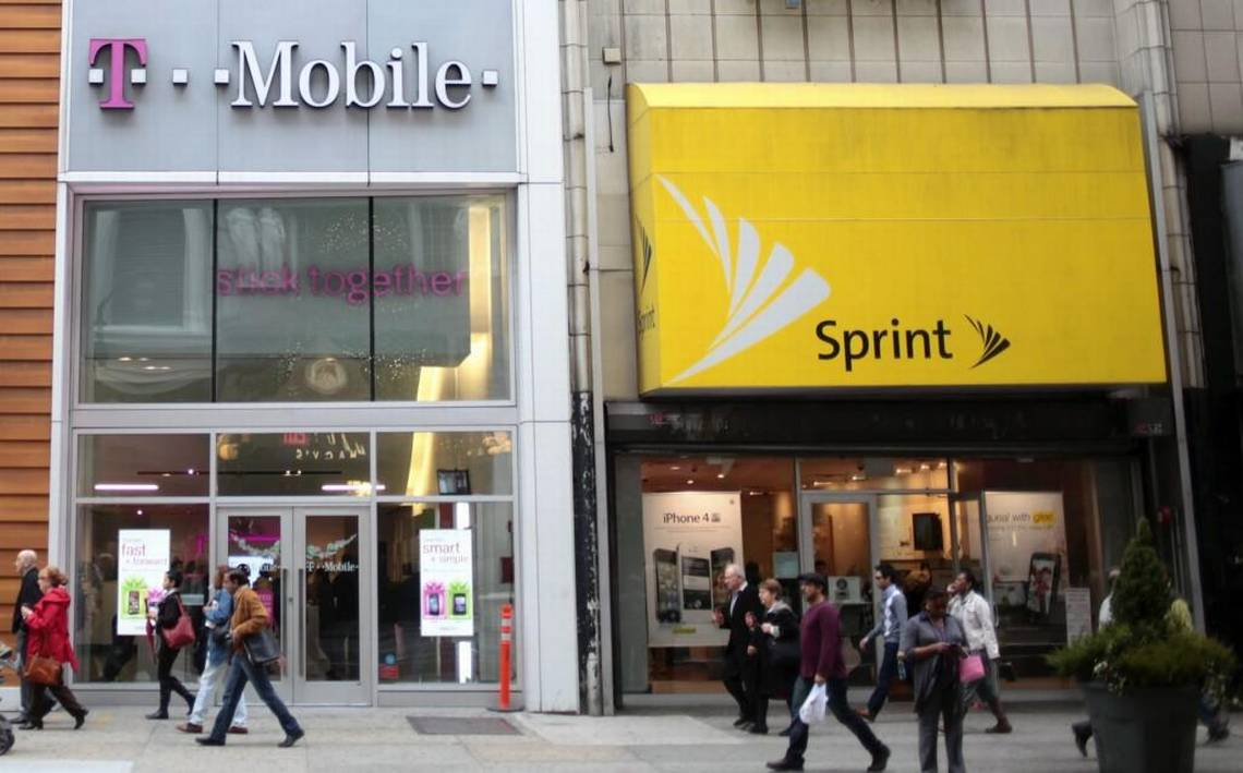 Stores Bureau Sprint T Mobile Executives Pitch Skeptical Dems On Merger
