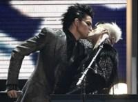 Adam Lambert'ten ateli pck!   Kaos GL Haber Portal