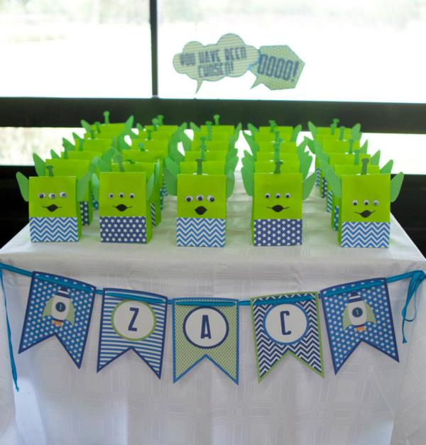 Kara\u0027s Party Ideas Rockets  Aliens + Space Themed 1st Birthday - blue and green birthday party