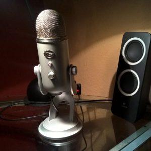 Blue Microphones Yeti-4