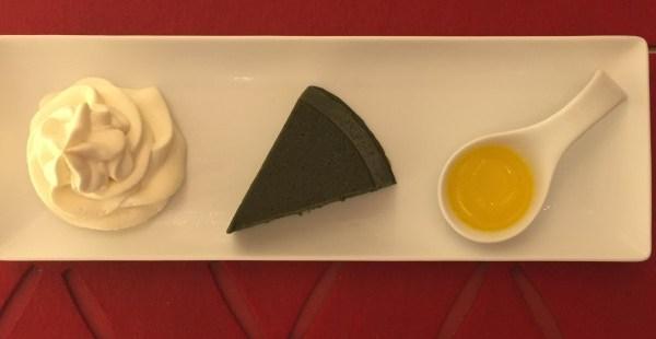 京都  マールブランシュカフェ 人気スイーツ店名物 生茶の菓フォンダンショコラは大人のスイーツだった