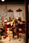 Kassel Weihnachtsmarkt Steiff window display