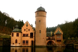 Water Castles are a Real Thing!  Cute Little Schloß Mespelbrunn