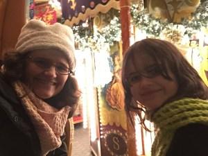 merry-go-round xmas carousel