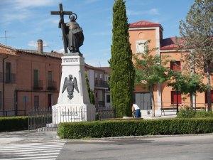 fontiveros-plaza-san-juan-de-la-cruz