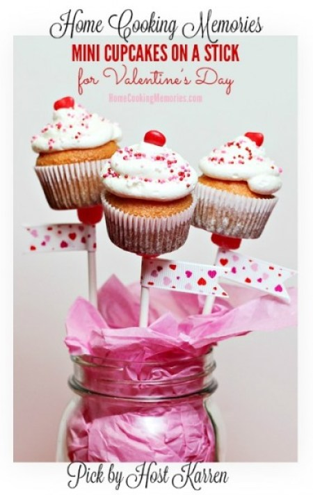 Home Cooking Memories-Mini-Cupcakes-on-a-Stick-for-Valentines-Day