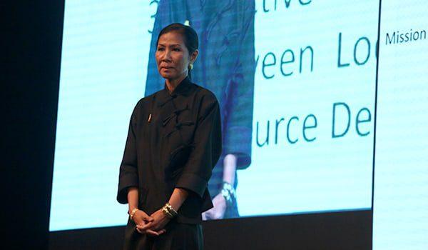 thai-minister-karryon3