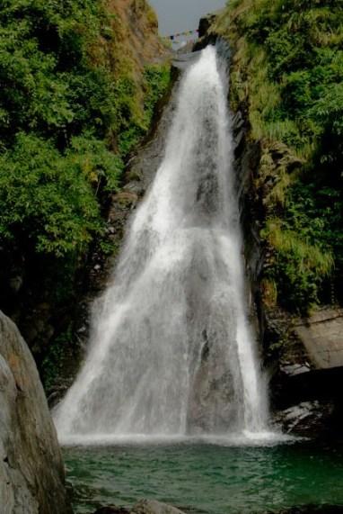 Bhagsunag Waterfalls Mcleodganj