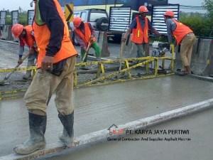 Pekerjaan Jalan Tol Tangerang – Merak Pembetonan jalan betonisasi pengecoran jalan tol raya perumahan jabodetabek jakarta bekasi bogor depok tangerang cileungsi cikampek karawangJalan Betonisasi