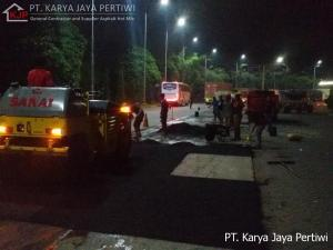 Perbaikan Jalan di Rest Area Cibubur, Jasa Pengaspalan, Jasa Perbaikan Jalan, Jasa Aspal hotmix, Jakarta, Bandung, Bogor, depok, tangerang, bekasi, cilegon, cibubur, serang, banten, purwakarta