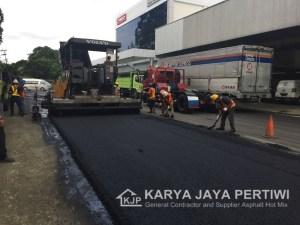 Pengaspalan Area Lingkungan PT. Hino Motors Sales Indonesia Jatake Tangerang, Pengaspalan Jalan, Karya Jaya Pertiwi, Kontraktor Aspal Hotmix