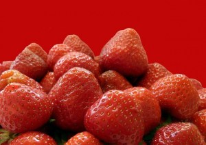 strawberries-51608_640