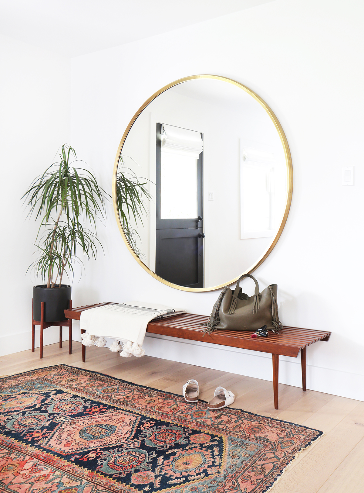 Bad Feng Shui Mirror Placement Use Round Mirrors To Complete Any Room In Your Home Kathy