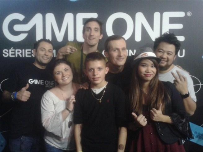 Séance photos avec toute la TeamG1 et les fans de Game One