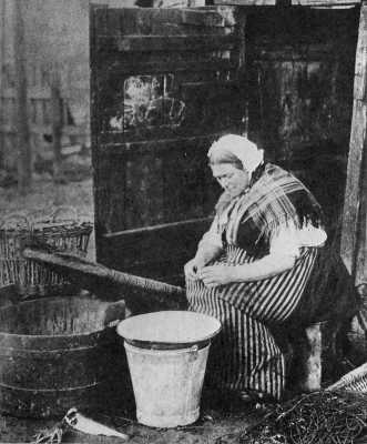 smoking-shed-arbroath-c-1890.jpg?fit=400%2C400