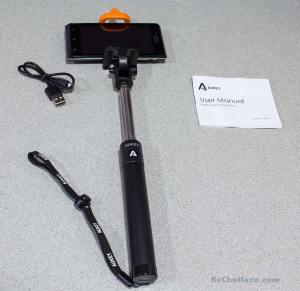 Desembalaje palo de selfies Aukey