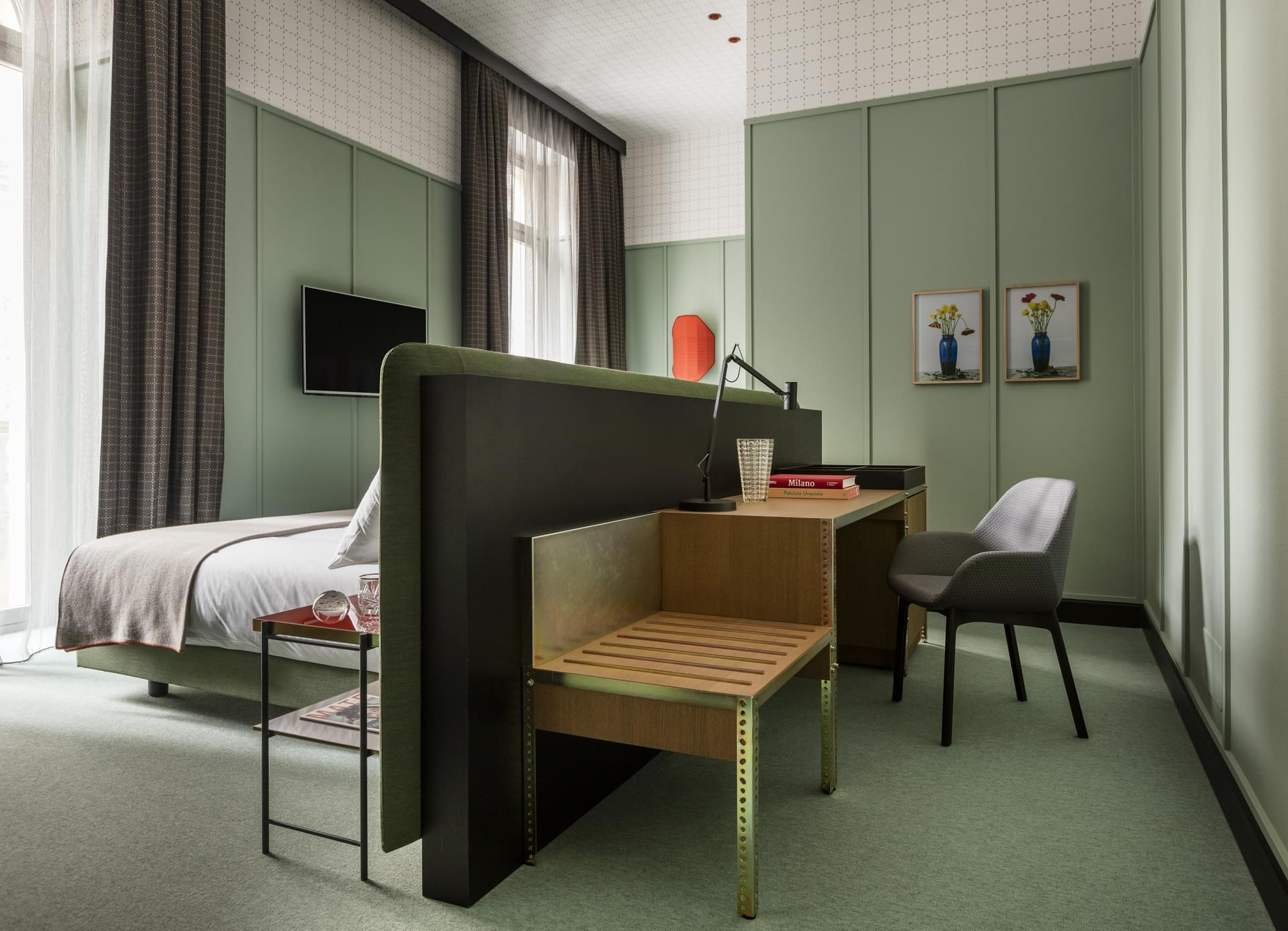 Hotel Design Milan Room Mate Giulia An Artistic Design Hotel In The Heart Of Milan