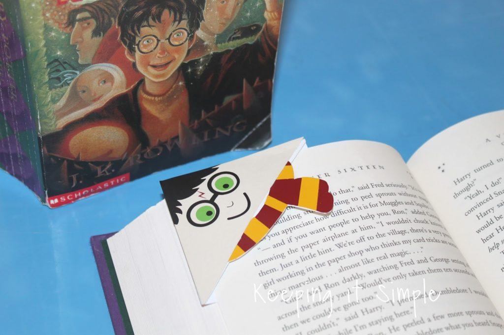 Harry Potter Corner Bookmark with Printable \u2022 Keeping it Simple