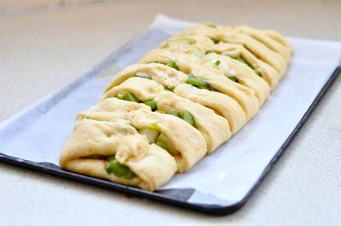 rhubarb yeast cake folding dough