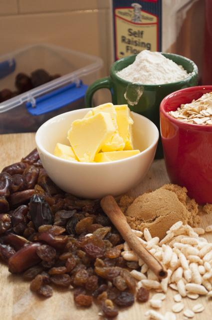 Spiced Sultana Porridge Cookies