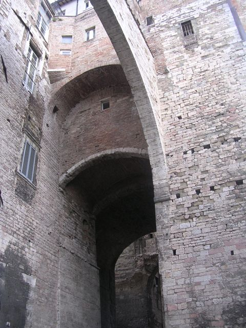 Etruscan%20arch.jpg