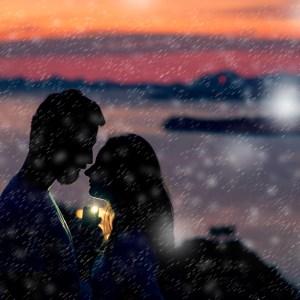 Tanda Pria Menyukai Wanita Diam-Diam Kelas Cinta
