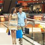 couple-shopping