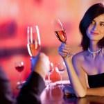 tips-kenalan-dengan-wanita-di-pesta