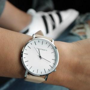 Jam Tangan Kelas Cinta