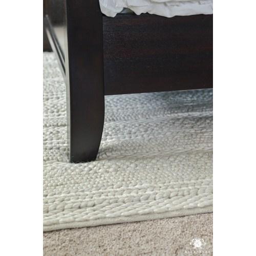 Medium Crop Of Rug Under Bed