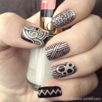 DIY Nail Designs with Sharpie Marker | Kelly Gene