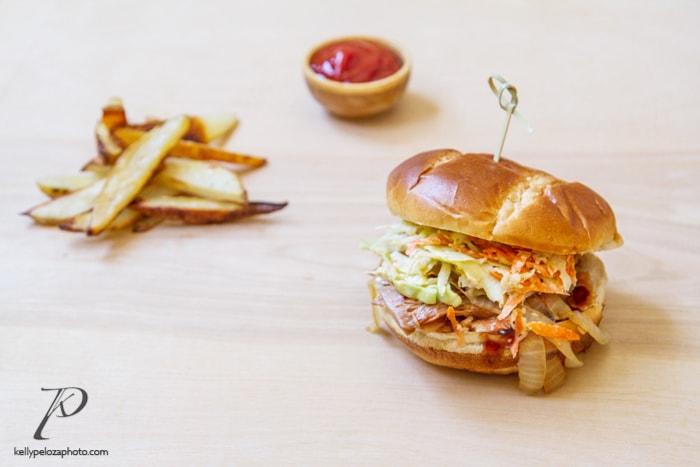 bbq-jackfruit-slaw-sandwich