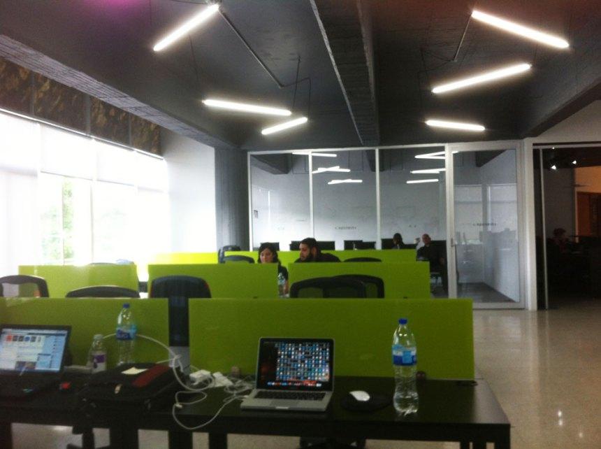 Coworkers trabajando en EpicNest