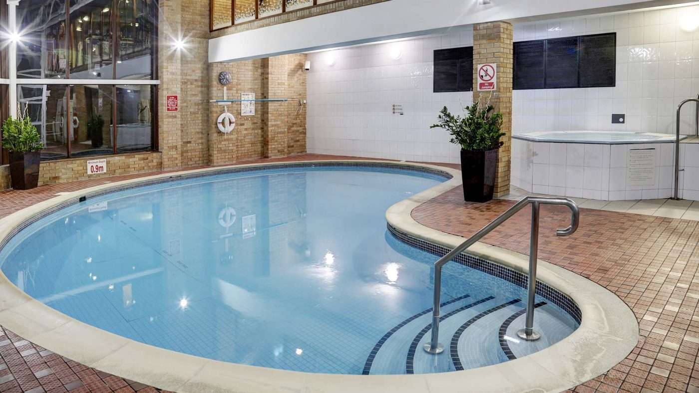 Jacuzzi With Swimming Pool Leisure Club Membership The Mercure Sheffield Kenwood Hall Hotel