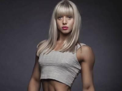 Velvet - Élet - Ez a csinos fitneszmodell nemcsak azért érdekes, mert meztelen fotókat posztol
