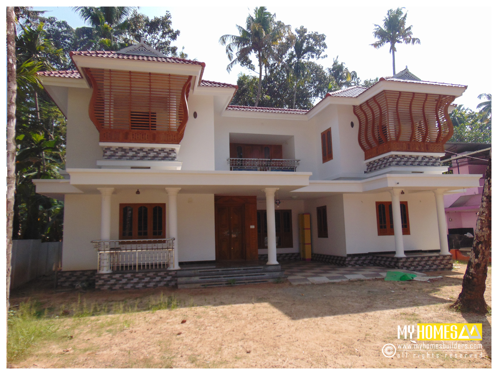 Traditional Home Designs Latest Low Cost Prize House Plans And Home Design Kerala