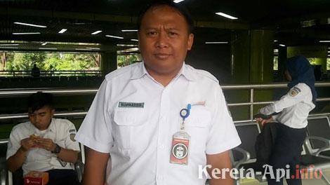 Senior Manager Humas PT KAI DAOP I, Suprapto - www.tigapilarnews.com