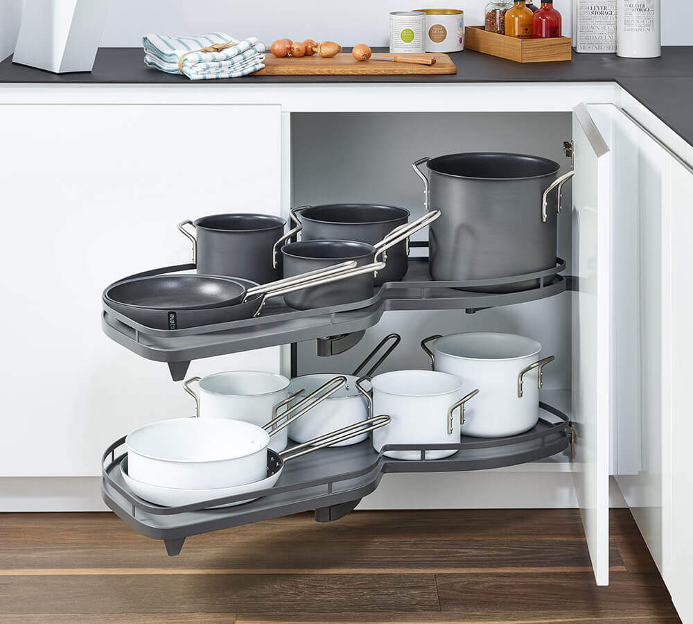 Küche Eckschrank Lift Lemans Kitchen Unit Pull Out For Pots And Pans Kesseböhmer