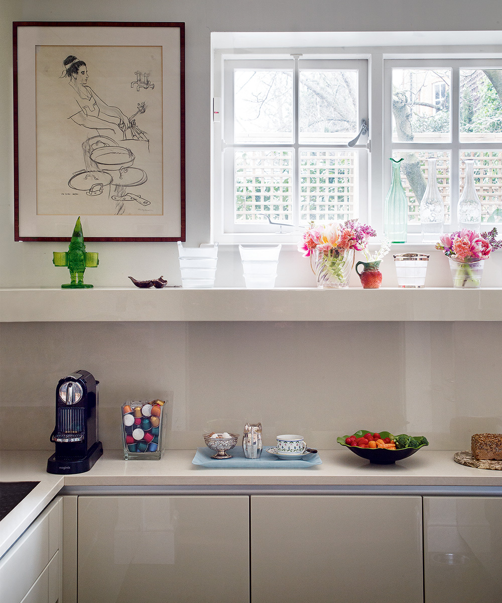 Paul Campbell Kitchen Cabinets Ventura County A London Home With An Eye For Design | Homes & Gardens