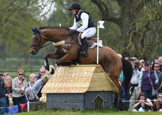 Falling Water Live Wallpaper Masterful Michael Jung Measures Up To Badminton S Cross